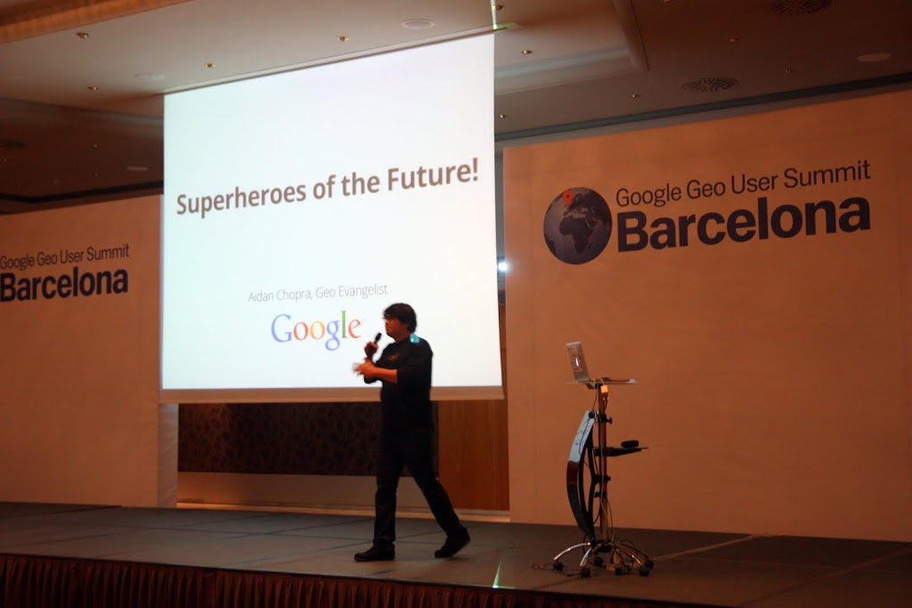 Aidan Chopra during the keynote-presentation 'Superheroes of the Future' and group picture of volunteers at the 'Google Geo Users Summit', Barcelona, Spain (2011)